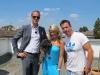 Natalie Langer mit Immobilienmakler Alexander Posth und Regisseur